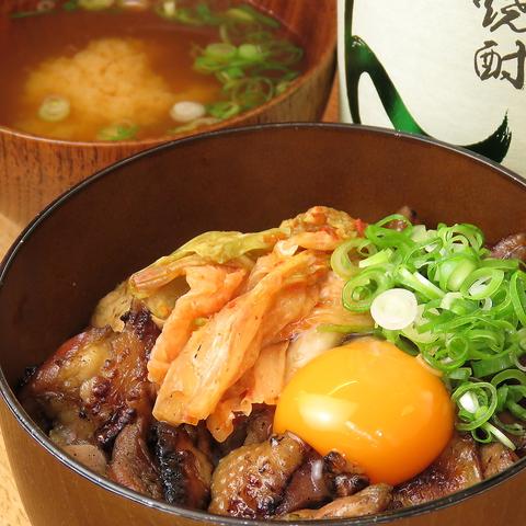 鶴橋駅から徒歩5分!新感覚☆セルフ焼き鳥のお店です♪焼き鳥1品300円~!