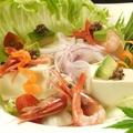 料理メニュー写真お豆富と京野菜のサラダ