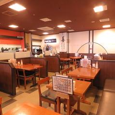 華龍飯店 MEGAドン キホーテ店の雰囲気1