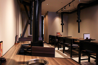 ゆったりテーブル席6名×4・2階掘りごたつ個室20~30名