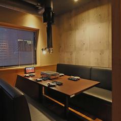 焼肉 カルビランド 横浜西口店の雰囲気1