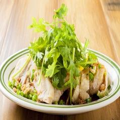 料理メニュー写真蒸し鶏のネギ塩レモン