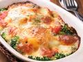 料理メニュー写真モッツァレラチーズと卵のオーブン焼き