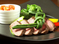 料理メニュー写真フランス産鴨ロースのロースト