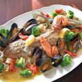 料理メニュー写真絶品!本日の鮮魚のアクアパッツァ