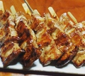 料理メニュー写真豚串焼 (塩・タレ) 一本