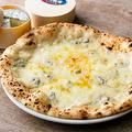 料理メニュー写真いすみチーズとイタリアチーズのクアトロフォルマッジ