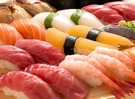 魚衛門おすすめの海鮮寿司♪2貫(264円~)