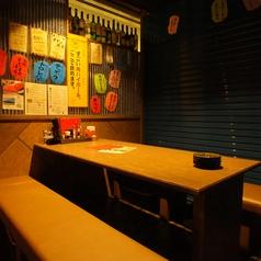 昭和レトロな雰囲気も感じるシャッター個室