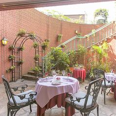 レストラン マーヴェラスパラディ白金の雰囲気1