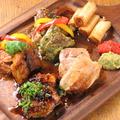 料理メニュー写真鶏バル焼き食べ比べ