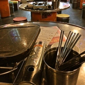 各テーブルでサムギョプサルは焼きます!