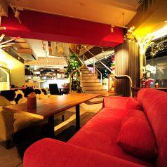 KUMA cafe 栄店の雰囲気1
