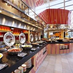 シェラトン・グランデ・トーキョーベイ・ホテル グランカフェの雰囲気1