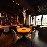 ビルの9階にあるので開放的な都会の景色を楽しみながら本場韓国料理をお楽しみいただけます。