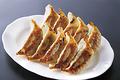 料理メニュー写真自家製の手作り焼き餃子 (5ヶ)