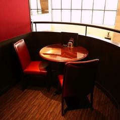 【千葉】カップルにぴったりな二人個室。二階から夜景が望めます。※1区画別途チャージ料金1000円(税別)頂いております。