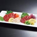 料理メニュー写真【熊本】 馬刺し三種盛合せ