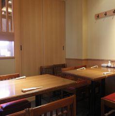 2名~6名様に最適なテーブル席は全6卓有り