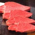 料理メニュー写真45日熟成 幻の黒毛A5特選シャトーブリアン☆これぞ究極の赤身肉。旨みと柔らかさは肉の頂点です!