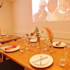 【昼間のMilk Crown】結婚式二次会など、パーティー時は可愛くテーブルセッティングも可能です♪