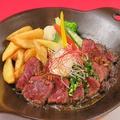 料理メニュー写真牛サガリのガーリックステーキ