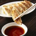 料理メニュー写真特製ダレの焼き餃子