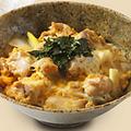 料理メニュー写真新八の親子丼
