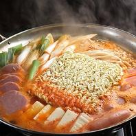 韓国で大人気のピリ辛鍋プデチゲが新登場♪
