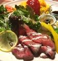 料理メニュー写真Wローストビーフ&オムライスのよくばりプレート サラダ・スープ・ミニパスタ付
