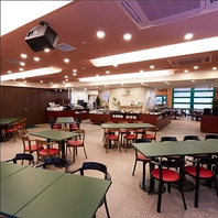 ホテルレストランならではの大人数の宴会が可能です。
