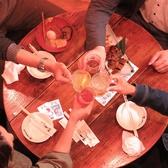 丸いテーブルを囲めば会話も弾む♪ゆったり掘りごたつで楽しい宴会を楽しめます