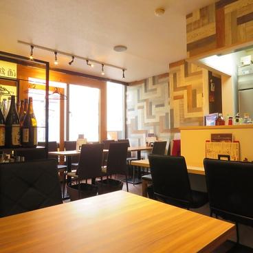 地鶏料理専門店 いいとこ鶏 新橋本店の雰囲気1