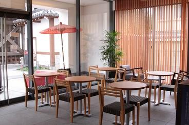 cafe KARIN カフェ カリンの雰囲気1