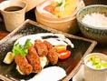 大粒牡蠣フライランチ1300円(税込) ご飯お替りOK!季節野菜のサラダとドリンク付き!ランチ営業もしております!11時30~14時00分まで!