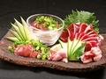 料理メニュー写真内臓セット(ズリ・ハツ・レバー)