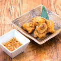 料理メニュー写真ジューシー鶏唐揚げ