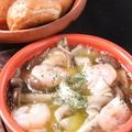 料理メニュー写真キノコとエビのアヒージョ