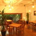 メインフロアはランチ・カフェ・ディナー・パーティーと幅広い用途にお使い頂いています。