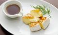 料理メニュー写真カマンベール丸ごと焼き