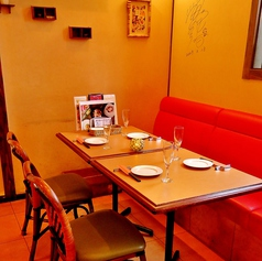 4名用テーブル席は女子会~幅広い層に人気