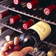 【博多駅直結!三百歩横丁内】昼からステーキとワインを