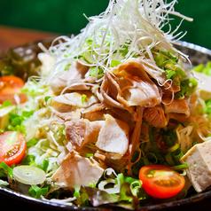 料理メニュー写真豚しゃぶと豆腐のゴマサラダ