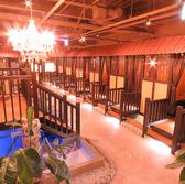 店内中央には最大32名様まで対応可のヴィラ空間もございます。大型の各種宴会利用におススメ!忘新年会、歓送迎会、女子会や気の合う仲間との宴会にオススメ!