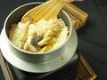 料理メニュー写真特製釜飯 7種