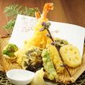 料理メニュー写真大海老と季節野菜の天麩羅