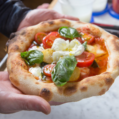 Pizzeria Fantasista ファンタジスタ 蓬莱の特集写真