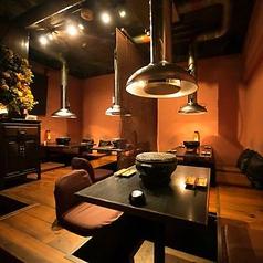 ◆3F【咲くみ】掘りごたつ席。ご利用人数2~4名様まで!料理映えの良い心地よい明るさ、全席換気ダクト設置!※チェック!こちらのフロアは12名様より貸切個室としてご利用いただけます。(L字タイプ16名様まで!)詳しくお6名様より、電話にてお問い合わせください!