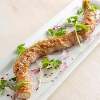 名駅店イチオシの、良質な肉を使用した肉料理をどうぞ!