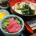 料理メニュー写真まぐろ漬け丼&きしめん(温・冷)